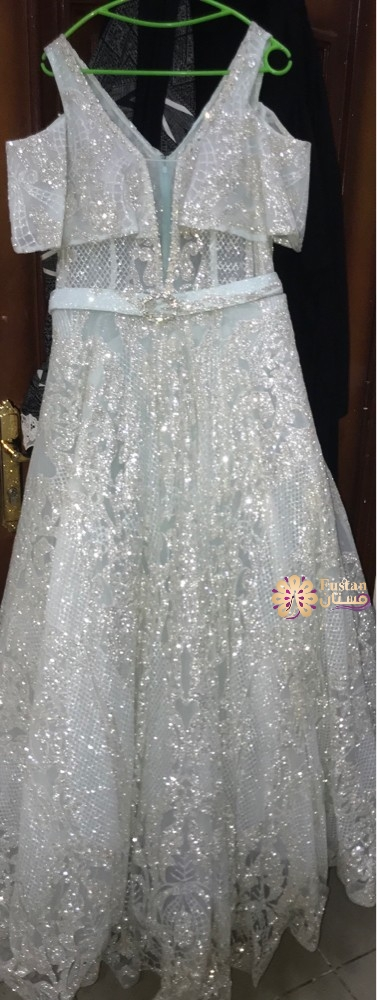 فستان خطوبه ويصلح لعروس