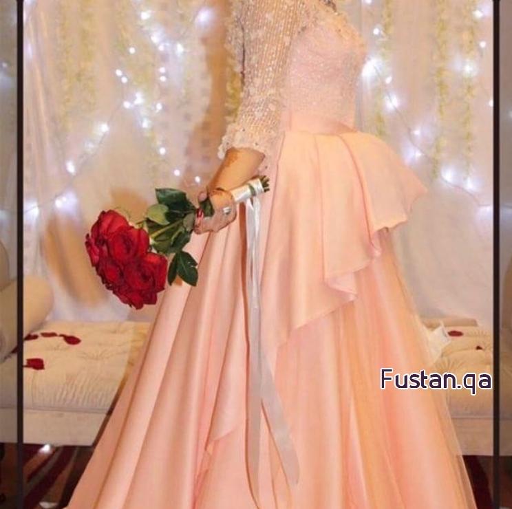 فستان خطوبة للبيع بسعر رمزي