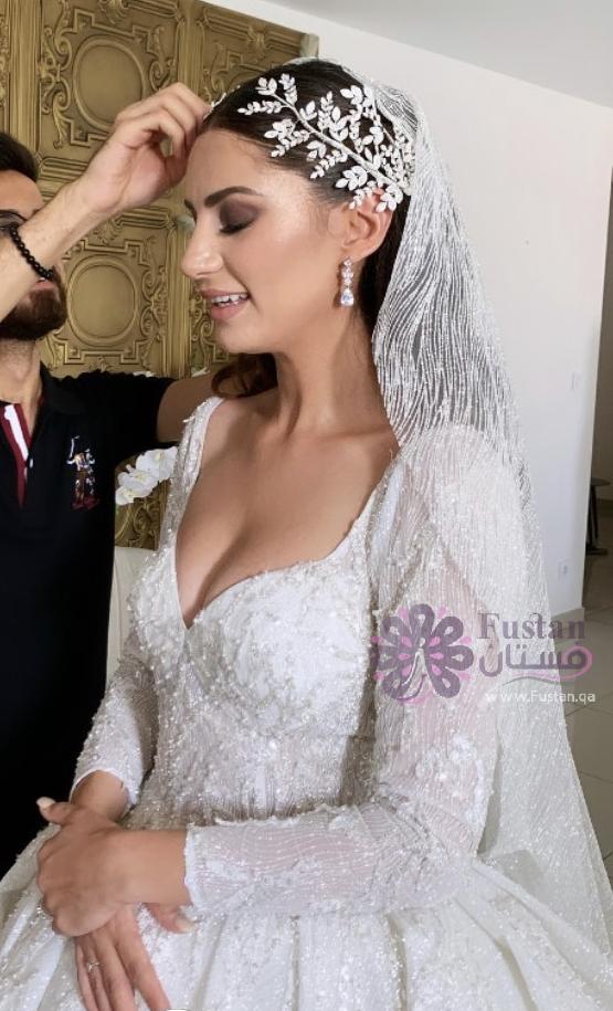 فستان عروس للإيجار