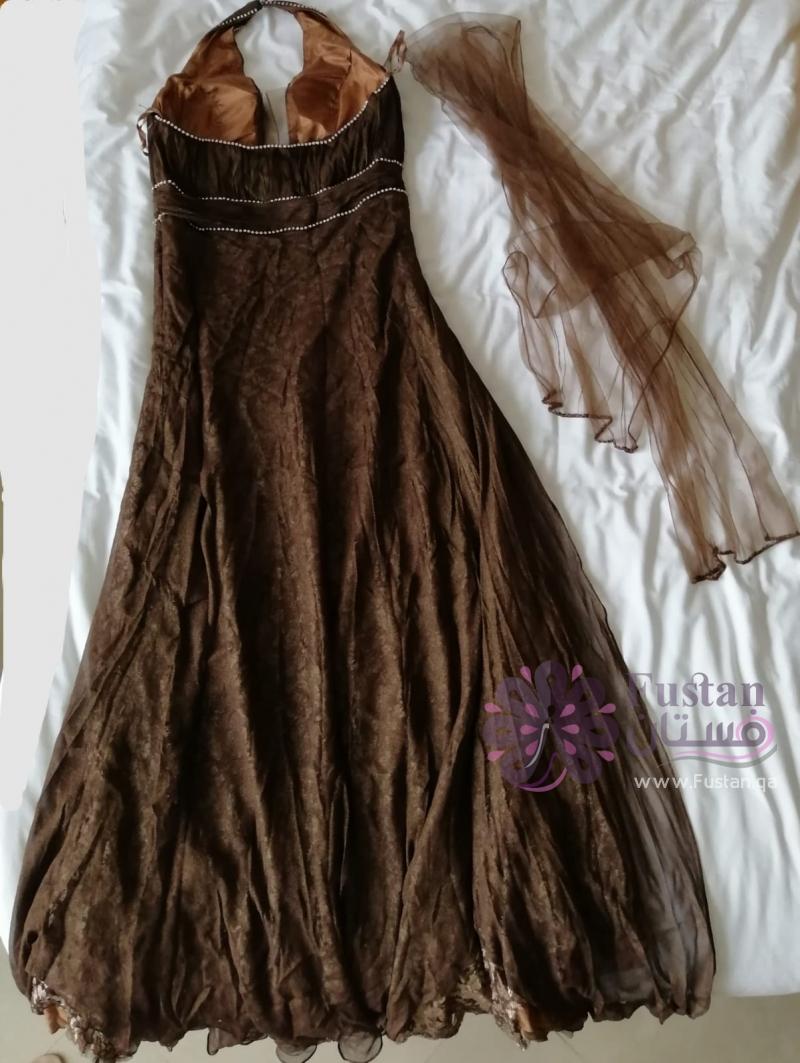 فستان سهرة تصميم لبناني