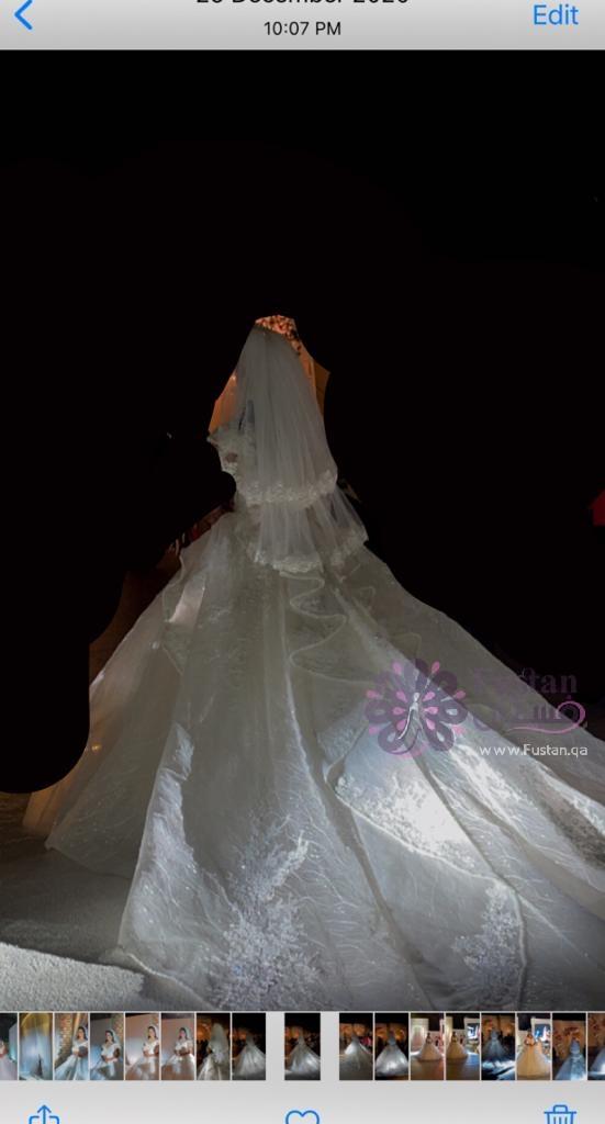 فستان عروس لبسه واحده