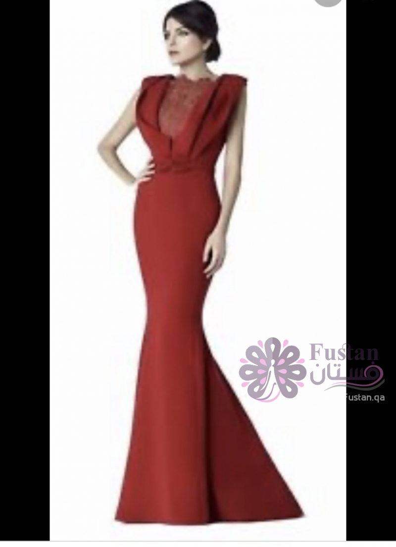 فستان من المصمم سعيد قبيسي