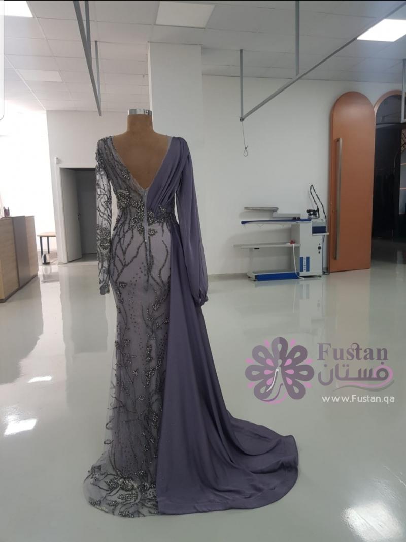 فستان بتصميم مميز  جديد غير ملبوس