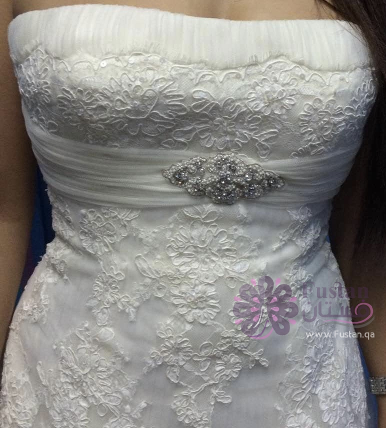 فستان زفاف ماركة برونوفياس