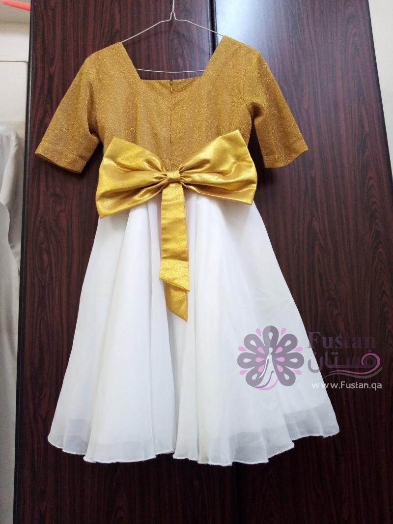 فستان بتصميم حديث