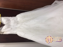 فستان زفاف للبيع او الاجار