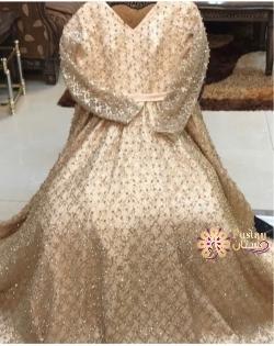 فستان مقاس كبير