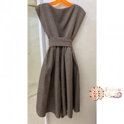 فستان من الصوف