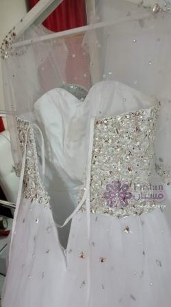 فستان عرس ابيض للبيع