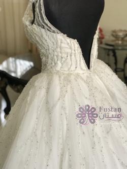 فستان زفاف ابيض ملوكي