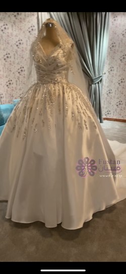 فستان تصميم خاص لسنه ٢٠٢٠