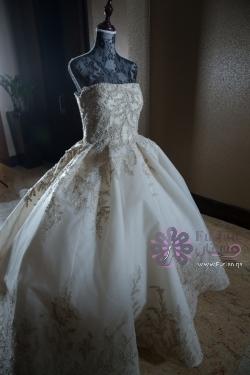 فستان عروس من المصمم آشي