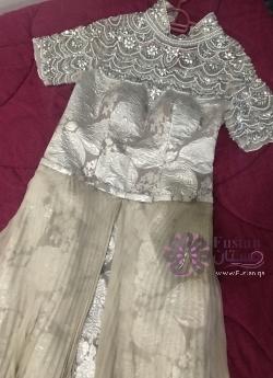 فستان احلام الذهبي