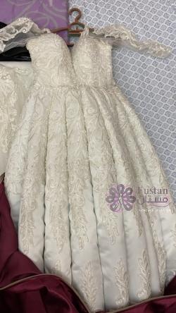 فستان زفاف ( عرس ) ابيض للبيع :