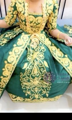فستان حناء مع طرحه