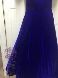 فستان متوسط الطول مخمل راقي