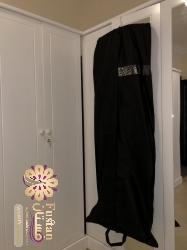 فستان أسود وسلفر من بوتيك قطري