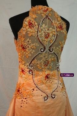 فستان سهرة او خطوبة